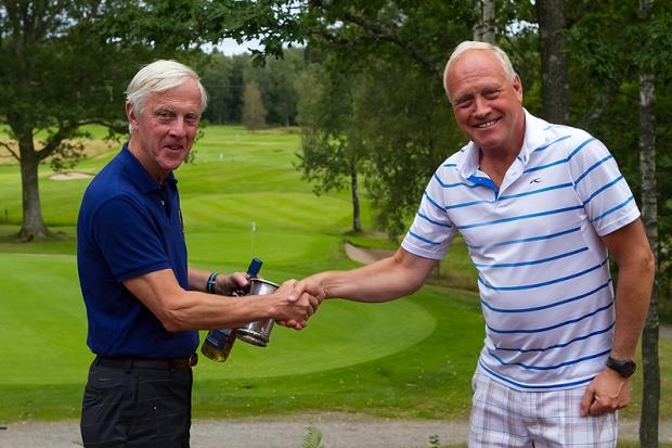 Sven-Henrik og President Kjell Frode.